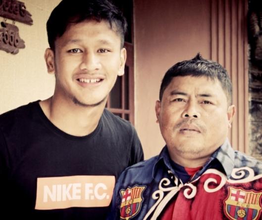 Yandi Sofyan Munawar bersama sang Paman Oded Sutarna
