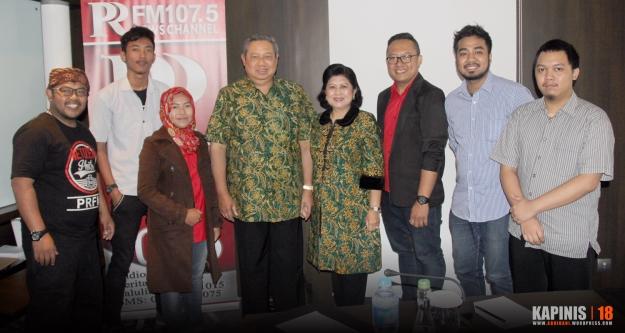 Photo bersama SBY dan Cew PRFM News